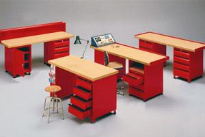 Arredi officina prodotti for Arredamento officina meccanica